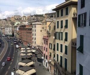 Chambre appartement à Gênes
