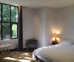 Sous l'ombre du tilleul – chambre Henri Bachelin